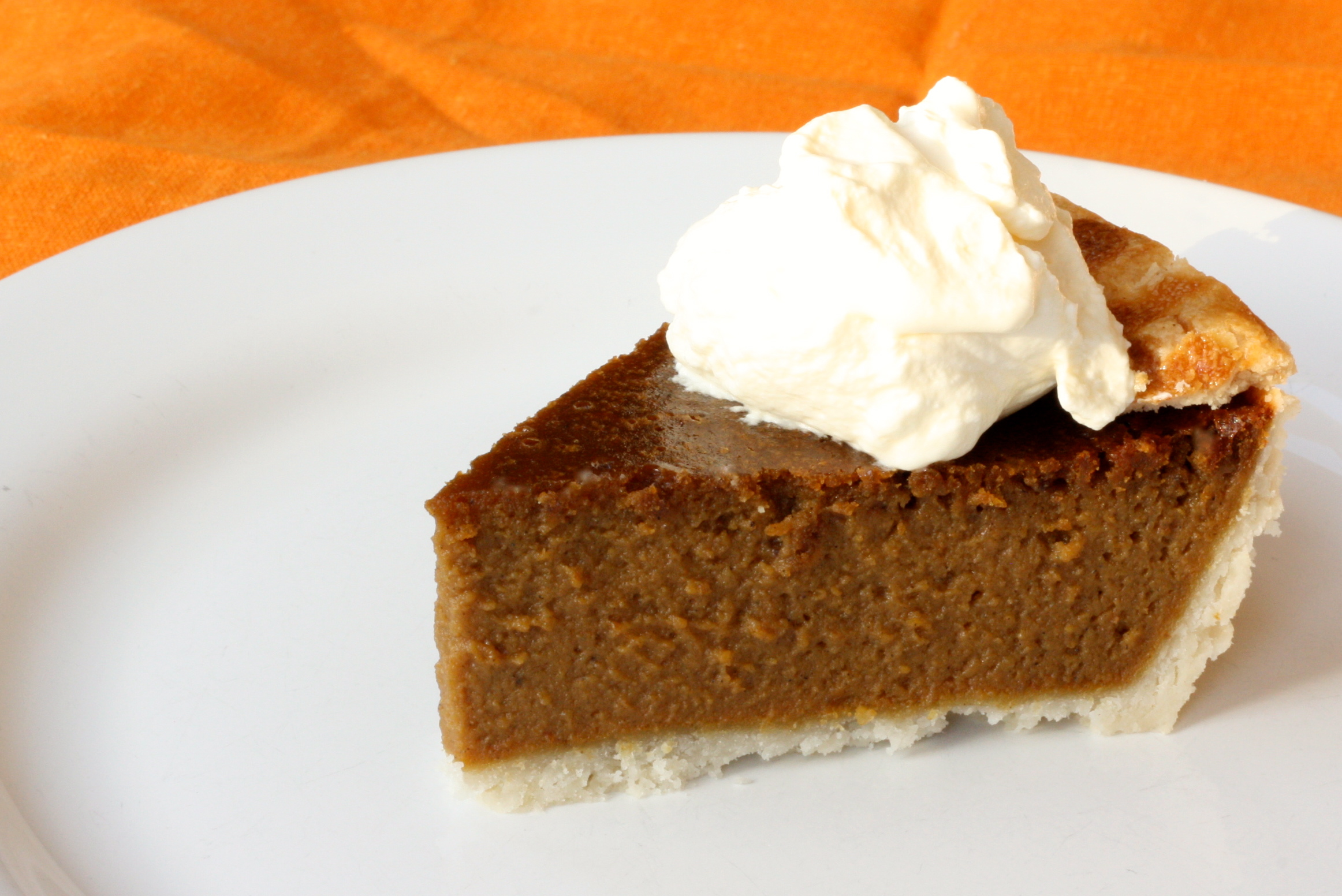 This lovely gluten free Spiced Pumpkin Pie recipe will be your new ...